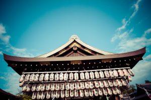 寺院や神社への「寄進」ってどういう意味?