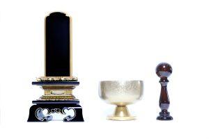 基本的な仏壇の飾り方・仏具の役割について