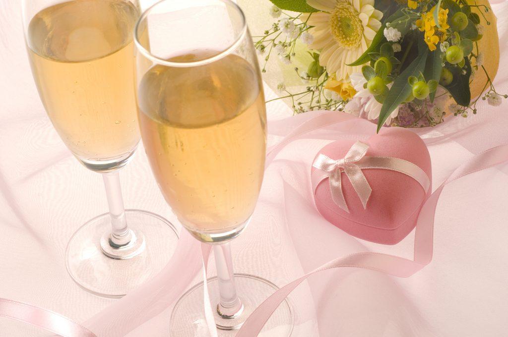 銀婚式のお祝いアイディア・知っておきたい基礎知識